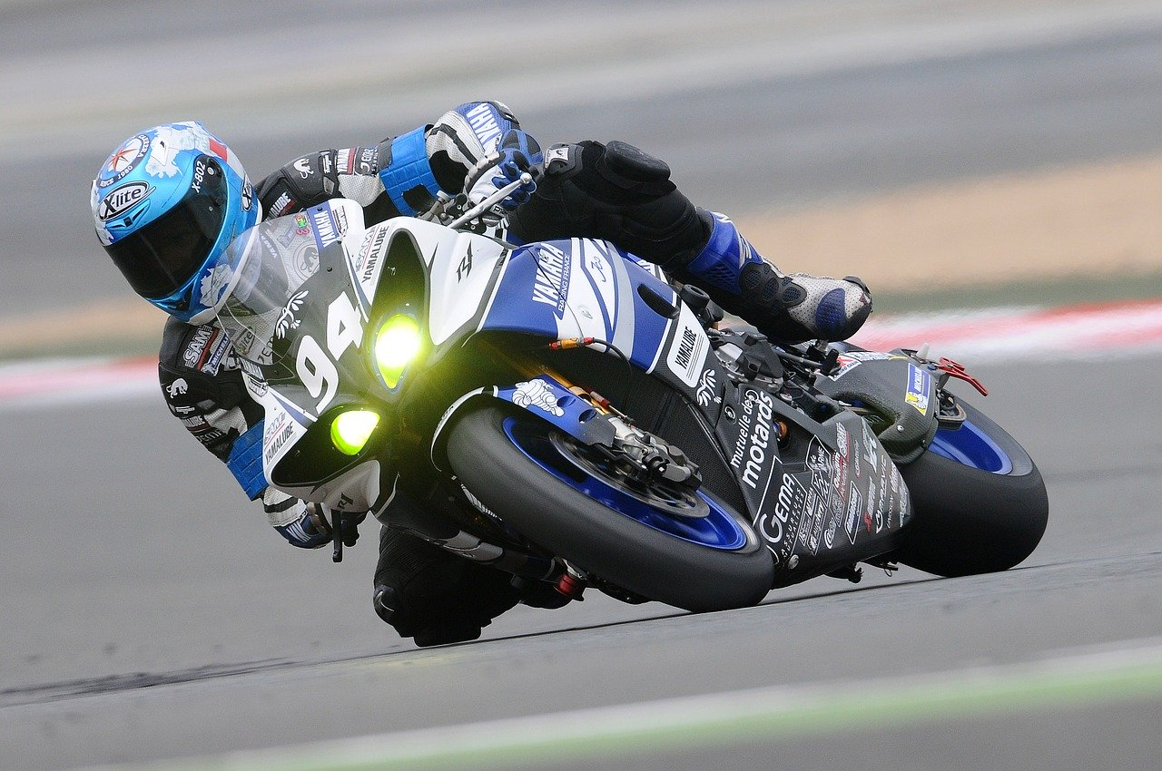 motorcycle-racer-
